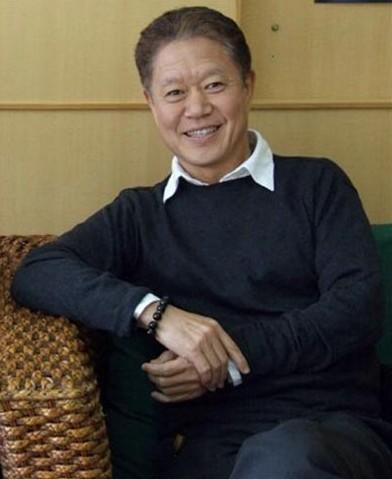 操我mp3_跪求蒋勋先生的孤独六讲和美的沉思的有声书mp3,我非常喜欢他,希望