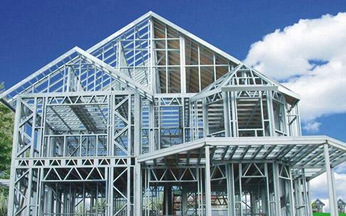 结构,也有采用钢和木作成骨架和板材组合,常用于轻型装配式建筑中.