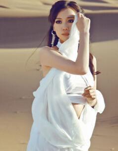 唯美 歌曲/歌手云朵专辑《倔强》歌曲唯美展示